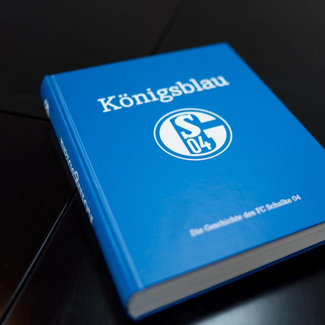 111 Jahre Königsblau | Die Chronik